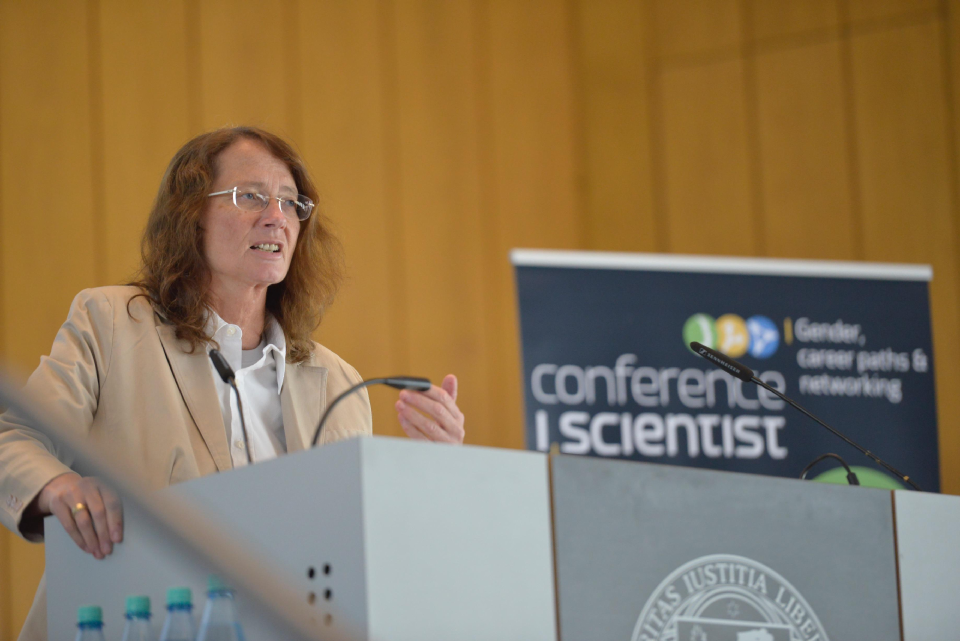 Prof. Dr. Brigitta Schütt